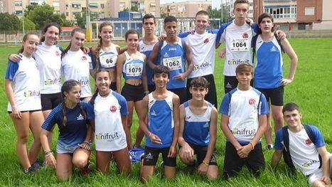 FOTOS Los sub16 del Club Atletismo Alhama, terceros de la Región