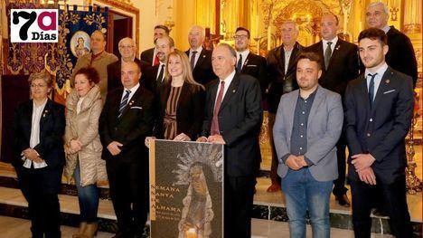 Miembros de la Junta de Cofradías durante la presentación del cartel de la pasada Semana Santa