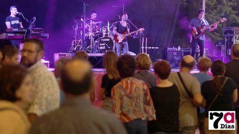 VÍDEO/FOT. La música de Essencial llena de recuerdos la Feria