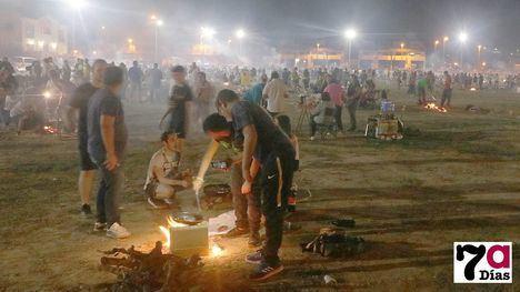 V/F Centenares de alhameños vive la noche de migas de Feria