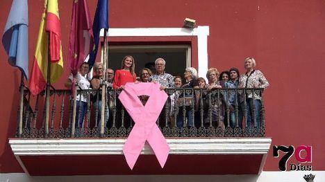 Alhama, comprometida con la lucha contra el cáncer de mama