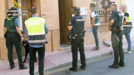 Desmantelado un punto de venta de cocaína y heroína en Alhama