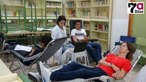VÍDEO El IES Valle de Leiva colabora con la donación de sangre