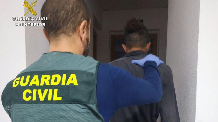 Detenido por amenazar de muerte a vecinos de Puerto de Mazarrón