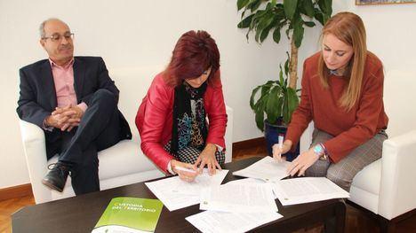 Ayuntamiento y ACUDE renuevan su acuerdo medioambiental