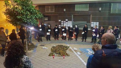 UPrL conmemora el 25N recordando a las 52 mujeres asesinadas