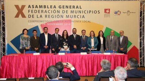 FOTOS Antonio García, en la renovación de la directiva de la FEMP