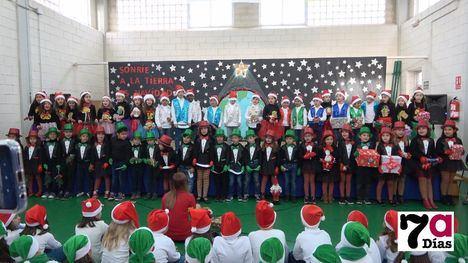 V/F Los alumnos de Primaria del Codorníu celebran la Navidad