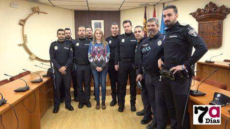 V/F Cuatro agentes se incorporan en prácticas a la Policía Local