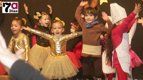 VÍDEO y FOTOS El Príncipe de España se llena de Navidad