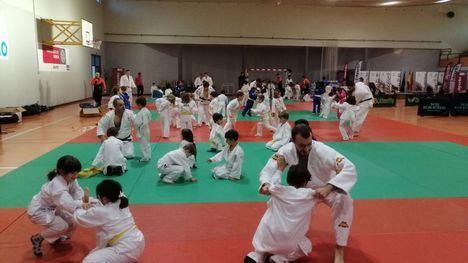 FOT. Podios para los judokas alhameños en la Copa de Navidad'19