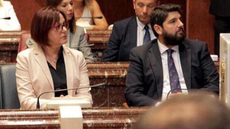 Isabel Franco junto al presidente López Miras, en la foto del perfil de la vicepresidenta en su Facebook