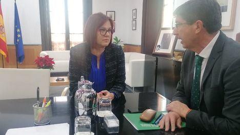 Reunión de la vicepresidenta del Gobierno regional con el vicepresidente de Andalucía el pasado jueves