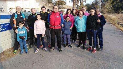 FOT. La San Silvestre 'Pan y Aceite' reúne a 40 deportistas