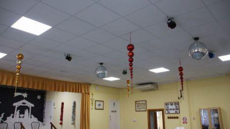 V/F El teleclub de La Costera estrena nuevo techo y luminarias LED