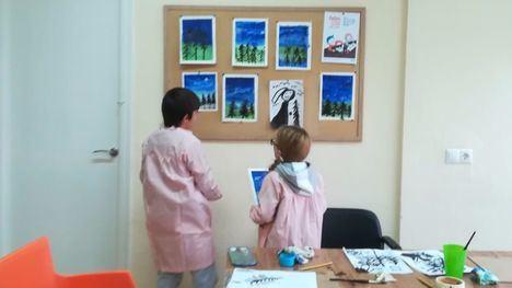 Librilla organiza un taller de dibujo y pintura para niños
