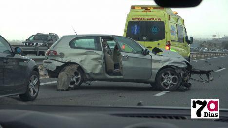 Al menos un herido en un accidente de tráfico en la A7