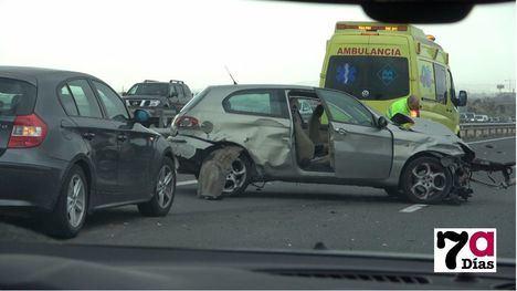 V/F Dos heridos en un accidente de tráfico en la A7