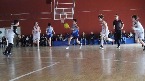 FOTOS Los alevines inician la 2º vuelta con derrota (49-25)