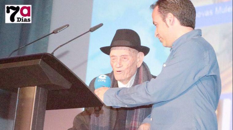 Una exposición para felicitar al Tío Juan Rita por sus 108 años