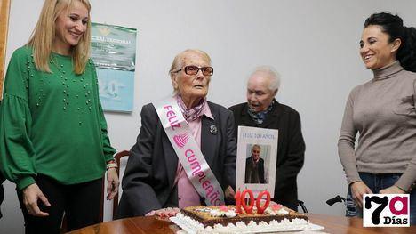 VÍDEO y FOTOS Ana Mª Paredes, 100 años de vivencias y recuerdos