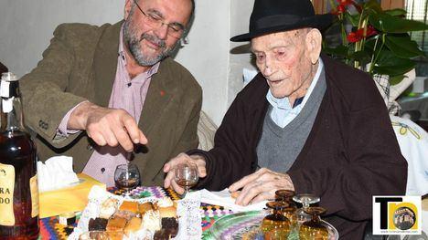 VÍDEO Así ha celebrado el Tío Juan Rita sus 108 años