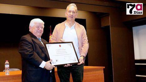 Juan 'El Enterraor' y Katia Díaz, premios Cope Espuña Totana