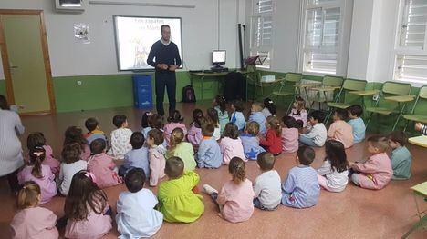 V/F Cuentacuentos de D'Genes en el CEIP Ricardo Cordorníu
