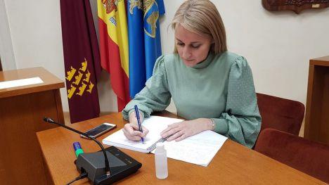 El Ayuntamiento revisa sus contratos con empresas y autónomos