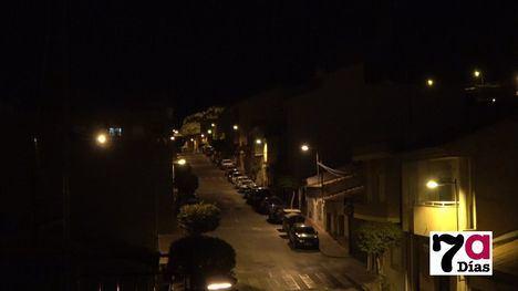VÍDEO Así ha sonado el aplauso de las 20:00 horas en El Barrio