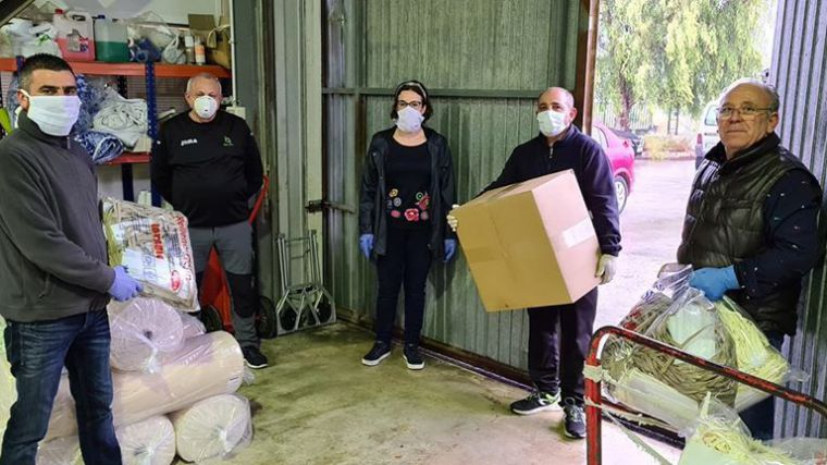 Vecinos de Fuente Librilla confeccionan 2.600 mascarillas