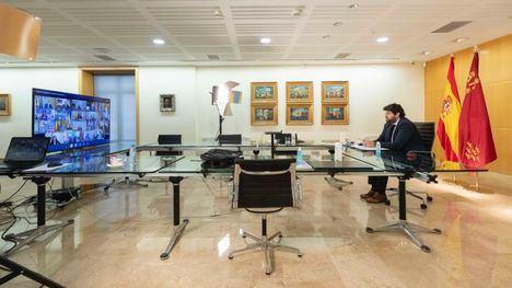 VÍDEO López Miras reclama a Sánchez más medios para sanitarios