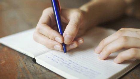 El reto del martes: Escribe una poesía de tema libre