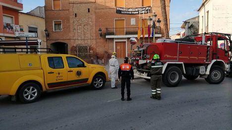 FOTOS La BRIFOR apoya la limpieza de las calles de Librilla