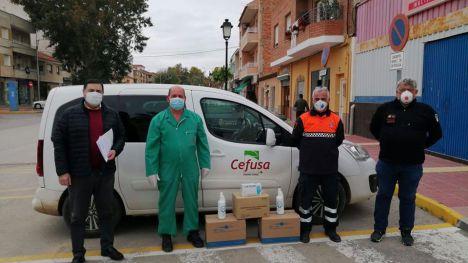 Librilla recibe guantes y gel hidroalcohólico donado por Cefusa