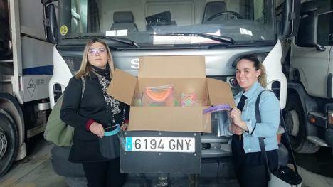 Dos alhameñas donan 50 pantallas al servicio de recogida de residuos