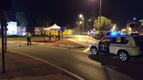 Las policías de Alhama y Totana buscan a cuatro encapuchados