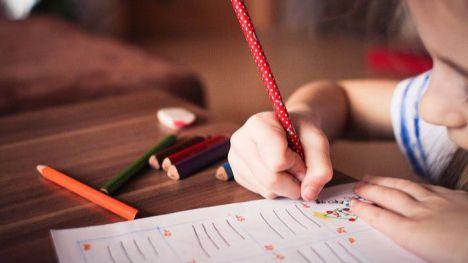 Educación extiende la gratuidad de libros a 1º de ESO el próximo curso