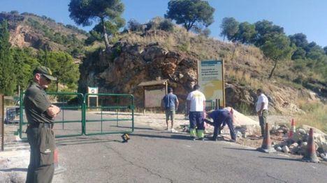 El Parque Regional de Sierra Espuña instala puertas en sus accesos