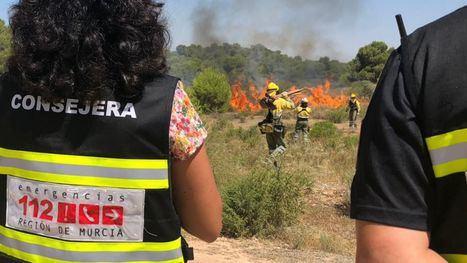 FOTOS Ejercicio de lucha contra el fuego en Alhama de Murcia