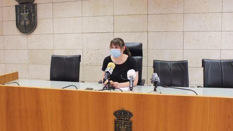 La concejala de Festejos, Verónica Carricondo, este viernes, en rueda de prensa.