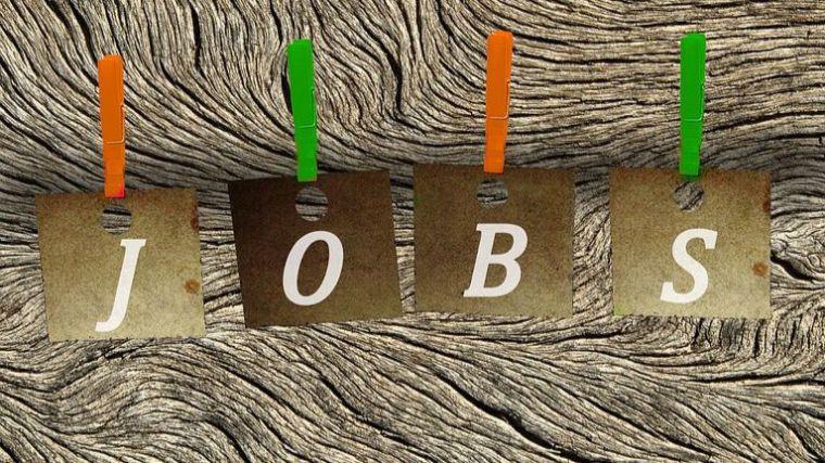 Dos ofertas de empleo en Alhama y 15 en municipios cercanos