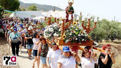VIDEO Tradición y fiesta en La Costera bajo un sol de justicia