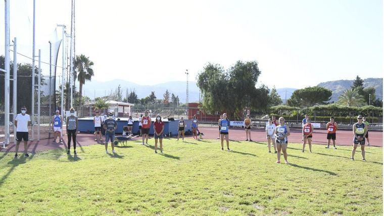 Foto de grupo al inicio de la competición el pasado sábado