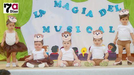 FOTOS Éxitos musicales de toda la vida, en el fin de curso del G. Fuertes