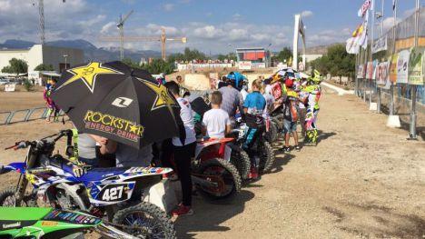 Ayuntamiento y Moto Club Alhama colaboran para la promoción del motocross