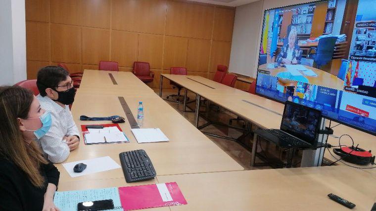 La Comunidad completa la contratación de 1.500 docentes por el Covid19