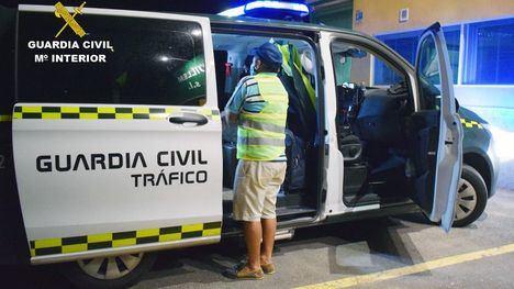 Detenido un conductor kamikaze y ebrio tras un accidente en Librilla