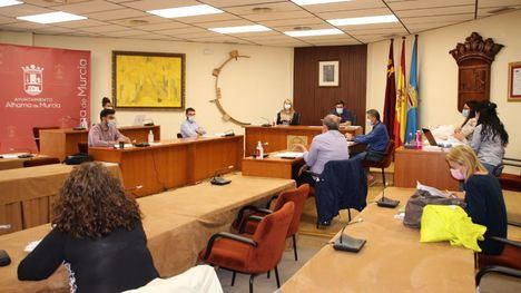 La Junta de Gobierno de Alhama aprueba más ayudas por la Covid19