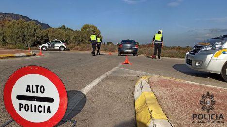 La Policía Local detiene a una persona conduciendo sin carné